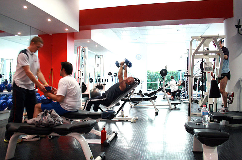 800px-Gym_Free-weights_Area